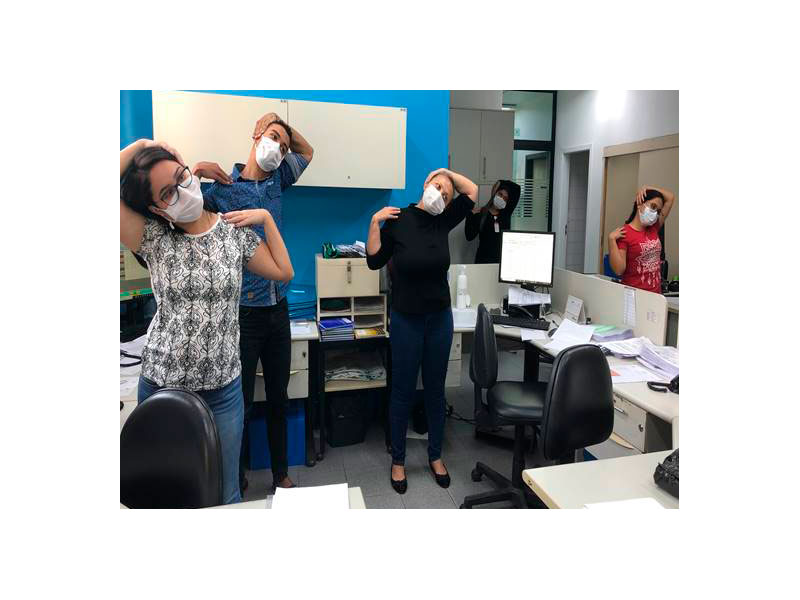 PHOTO-02-2021-ginastica-laboral